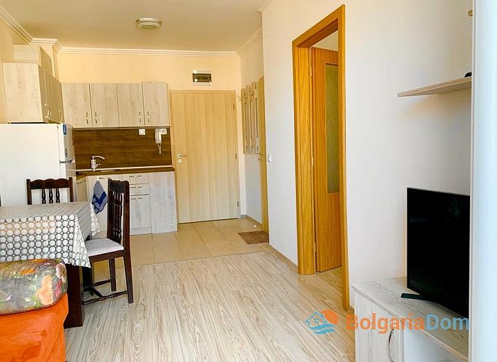 Трехкомнатная квартира на продажу в Бяле. Фото 9