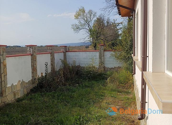 Новый одноэтажный дом в 15 км от моря. Фото 15