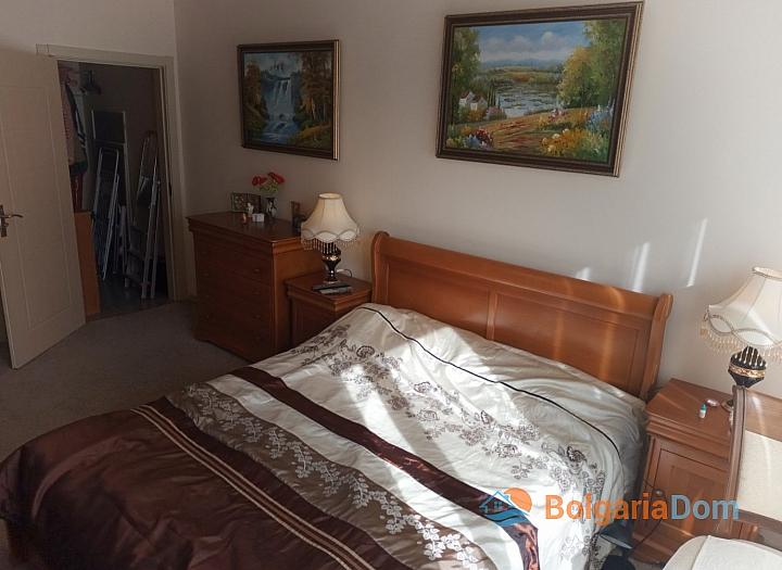 Недорогая двухкомнатная квартира в курорте Солнечный Берег. Фото 18