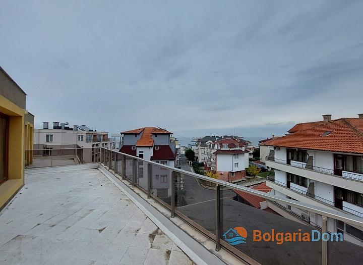 Прекрасный апартамент с панорамой моря в Приморско. Фото 1