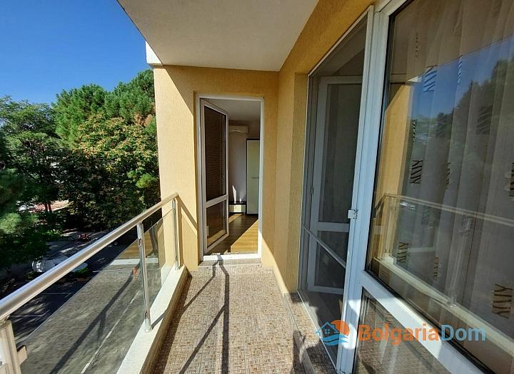 Прекрасный апартамент с двумя спальнями на Солнечном берегу. Фото 6