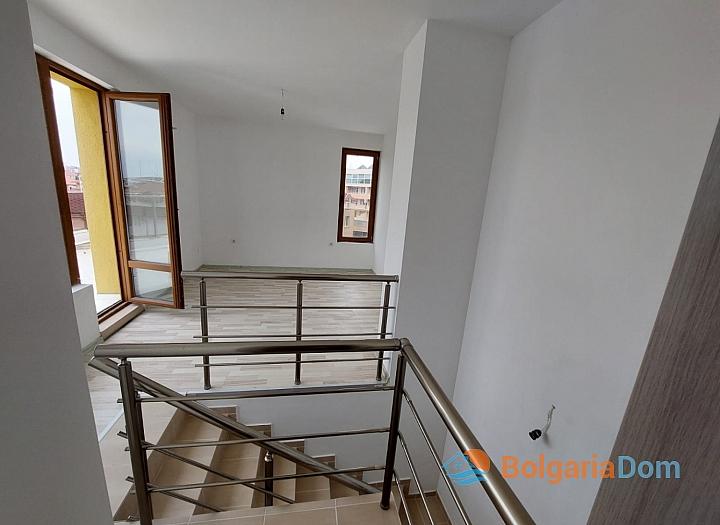 Прекрасный апартамент с панорамой моря в Приморско. Фото 14