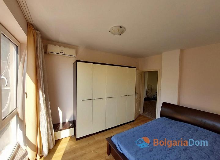 Прекрасный апартамент с двумя спальнями на Солнечном берегу. Фото 4