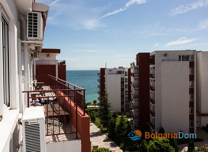 Квартира с видом на море на первой линии в Панорама Форт Бич. Фото 5