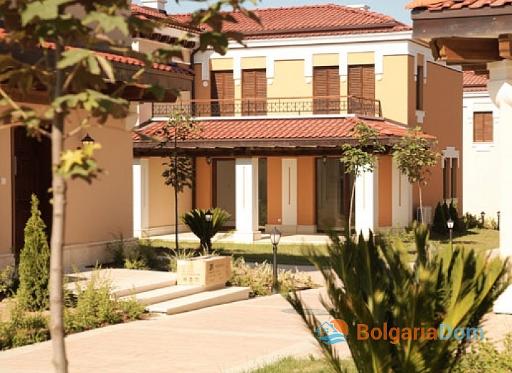 Квартиры на продажу в комплексе рядом с морем в Равде. Фото 2