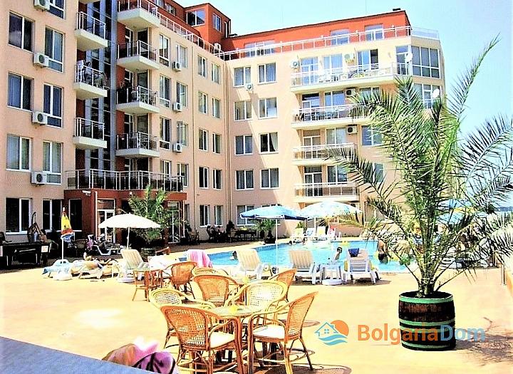 Меблированная трёхкомнатная квартира в комплексе Балкан Бриз 2. Фото 1