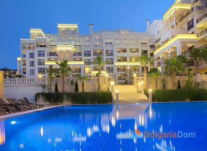 Трехкомнатная квартира с видом на море в элитном комплексе . Фото 7