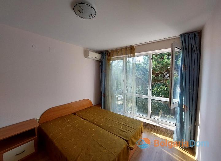 Прекрасный апартамент с двумя спальнями на Солнечном берегу. Фото 5