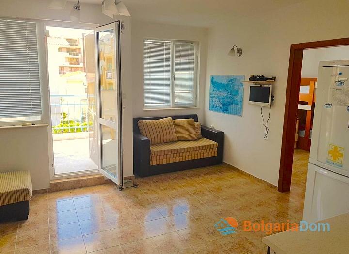 Продажа трехкомнатной квартиры в Святом Власе. Фото 4