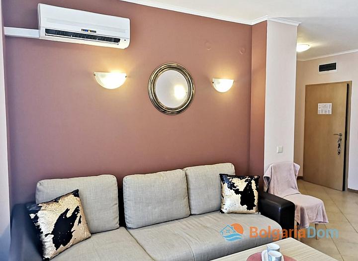Красивая двухкомнатная квартира в комплексе Роял Сан. Фото 14