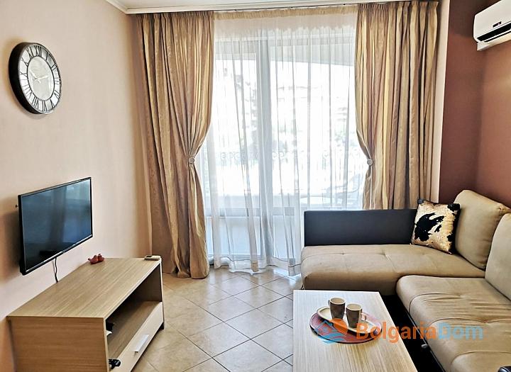 Красивая двухкомнатная квартира в комплексе Роял Сан. Фото 10
