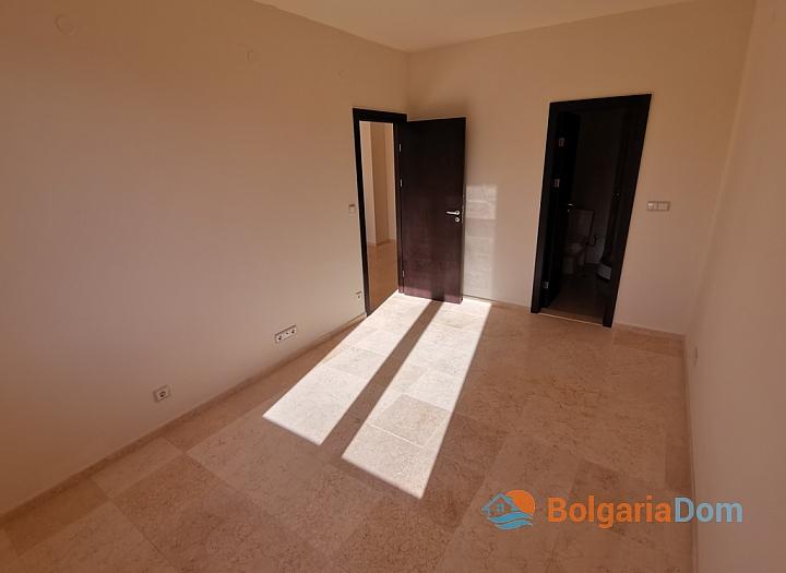 Новый трехкомнатный апартамент на первой линии Святого Власа. Фото 27