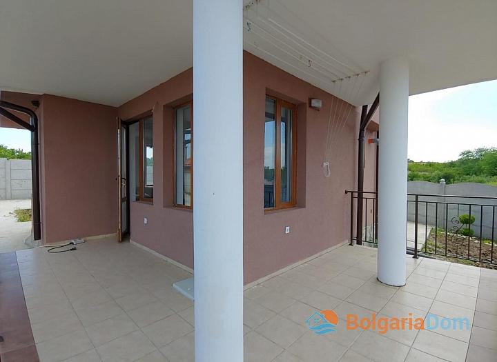 Новый двухэтажный дом на продажу в селе Дюлево. Фото 29