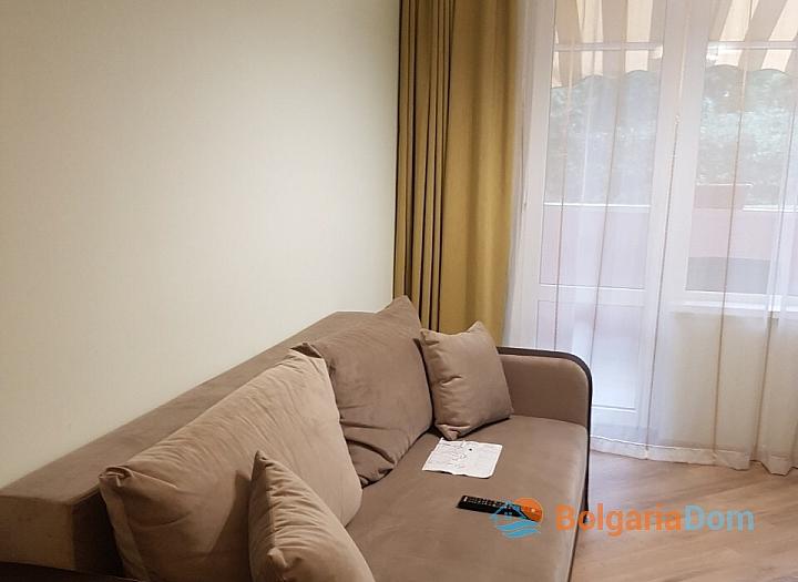 Двухкомнатная квартира на продажу в Бургасе. Фото 4