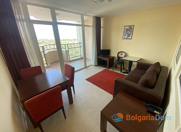 Двухкомнатная квартира на продажу в Поморие. Фото 2