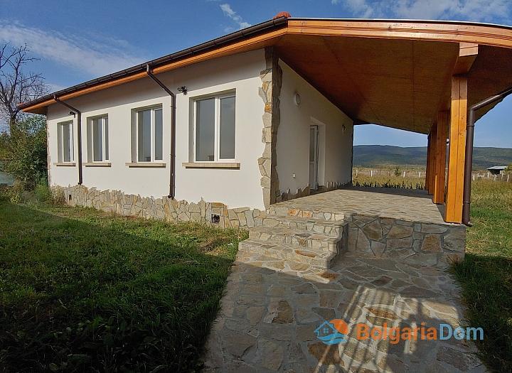 Новый одноэтажный дом в 15 км от моря. Фото 2