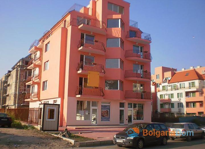 Двухкомнатная квартира в Равде в 100 метрах от моря. Фото 1