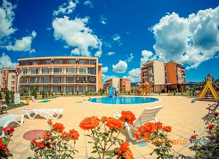 Холидей Форт Гольф Клаб /Holiday Fort Golf Club/ - недорогие квартиры в Болгарии. Фото 3