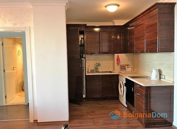 Трехкомнатная квартира на первой линии в Бутик Роуз Гарденс. Фото 8