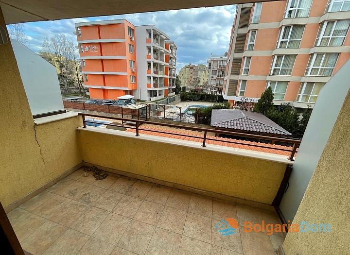 Купить недорого двухкомнатную квартиру в Солнечном Береге. Фото 5