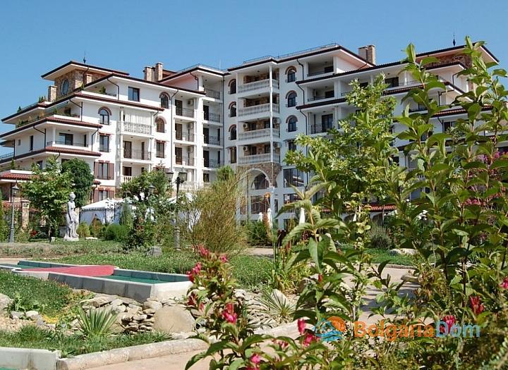 Дешевая трехкомнатная квартира в комплексе с видом на море. Фото 2