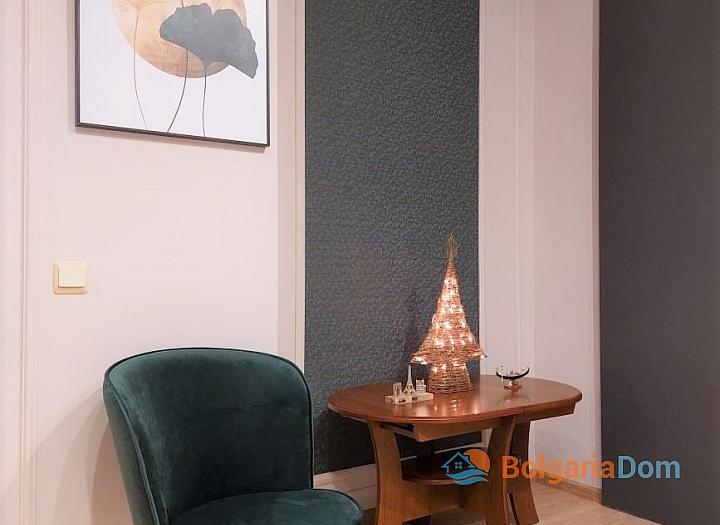 Двухкомнатная квартира с видом на море на Солнечном Берегу. Фото 3