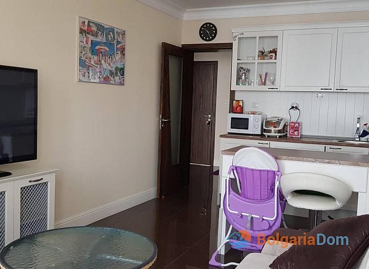 Отличная двухкомнатная квартира в Солнечном Береге. Фото 2