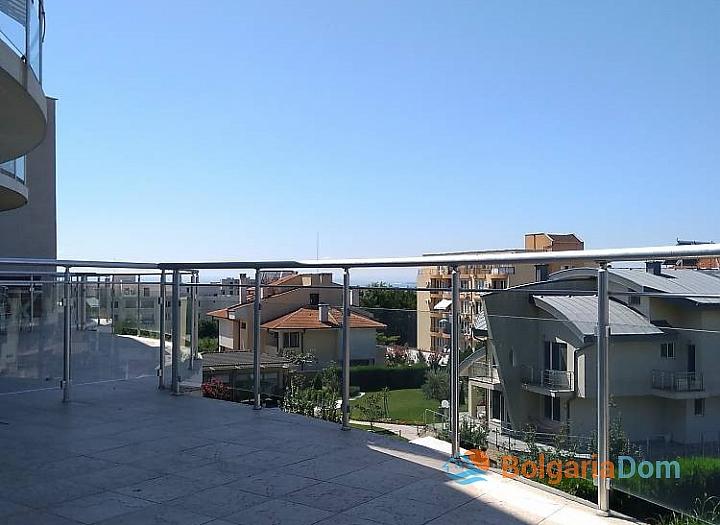 Четырехкомнатная квартира на продажу в Сарафово. Фото 13