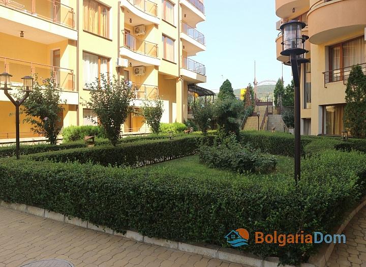 Квартиры на продажу в Помории на первой линии моря, Феста Поморие 2. Фото 2
