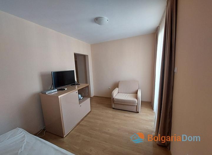 Прекрасный апартамент с панорамой моря в Приморско. Фото 3