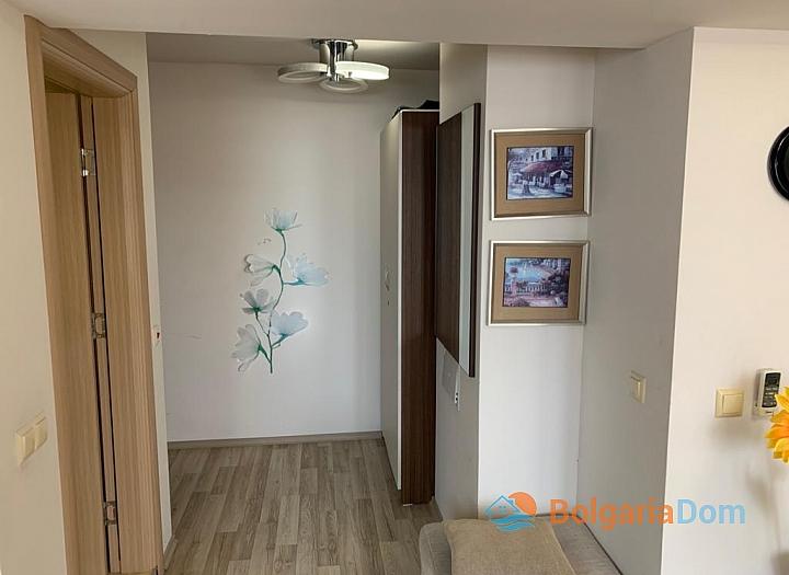 Двухкомнатная меблированная квартира с джакузи на Солнечном берегу. Фото 7
