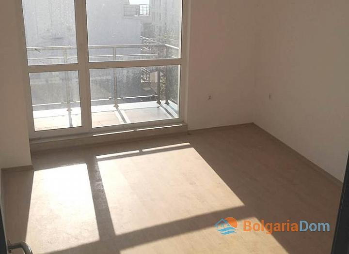 Новая трехкомнатная квартира в Сарафово, Бургас. Фото 9