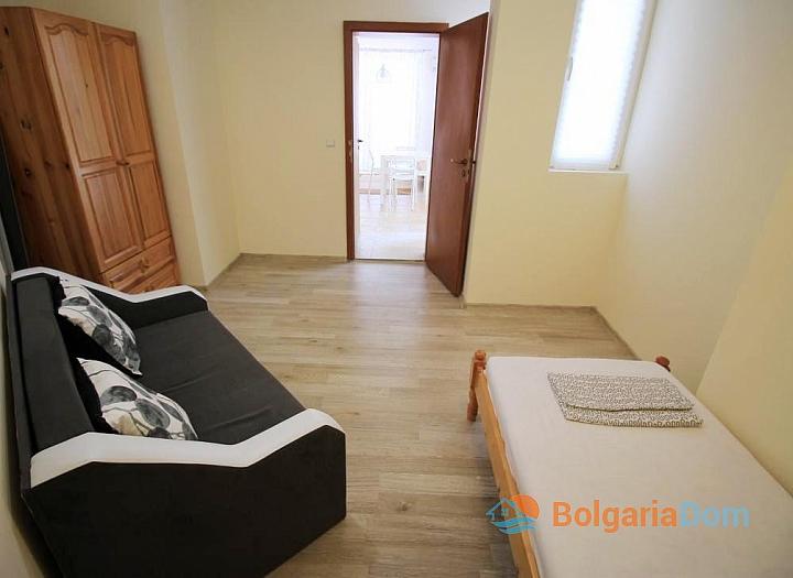 Недорогая квартира с двумя спальнями в Солнечном Береге. Фото 11