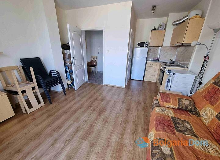 Просторная трехкомнатная квартира на Солнечном берегу. Фото 11