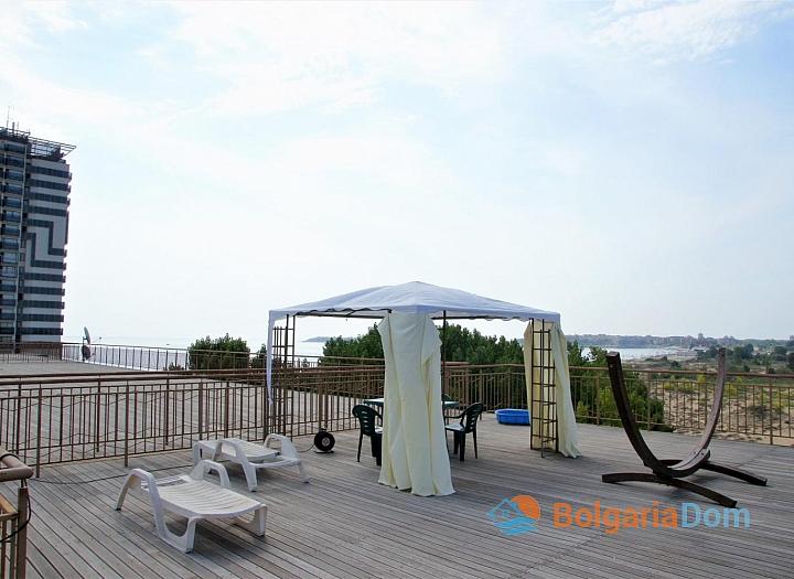 Просторный апартамент на первой линии моря в Дюн Резиденс. Фото 3