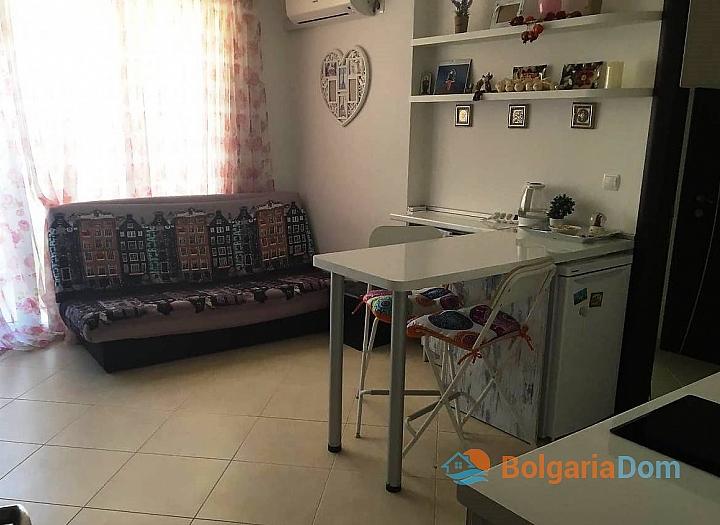 Двухкомнатная квартира в центре города Поморие. Фото 2