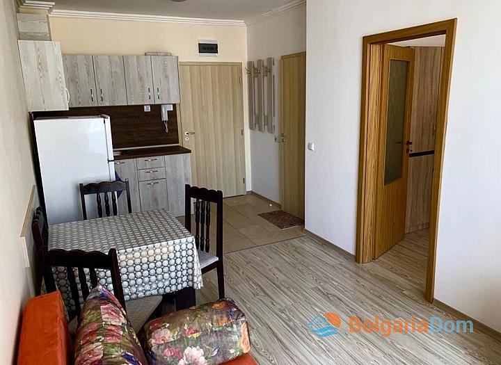 Трехкомнатная квартира на продажу в Бяле. Фото 1