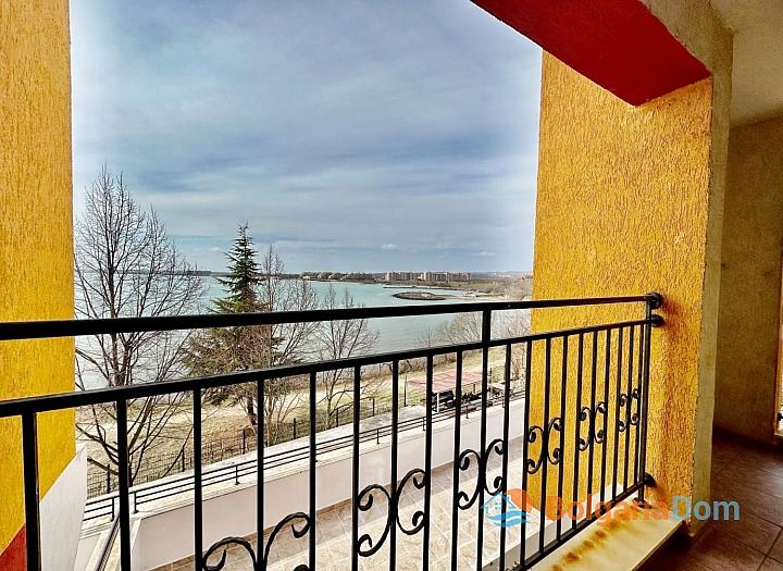 Трехкомнатная квартира на первой линии в курорте Равда. Фото 8