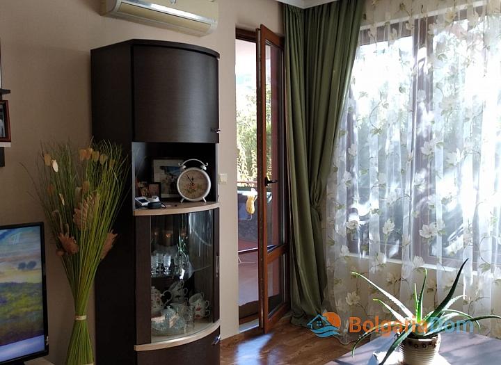 Квартира с двориком в Святом Власе в престижном курорте. Фото 5