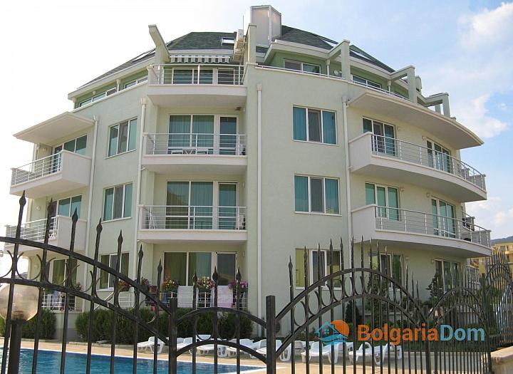 Двухкомнатная квартира с видом на море в Святом Власе. Фото 11