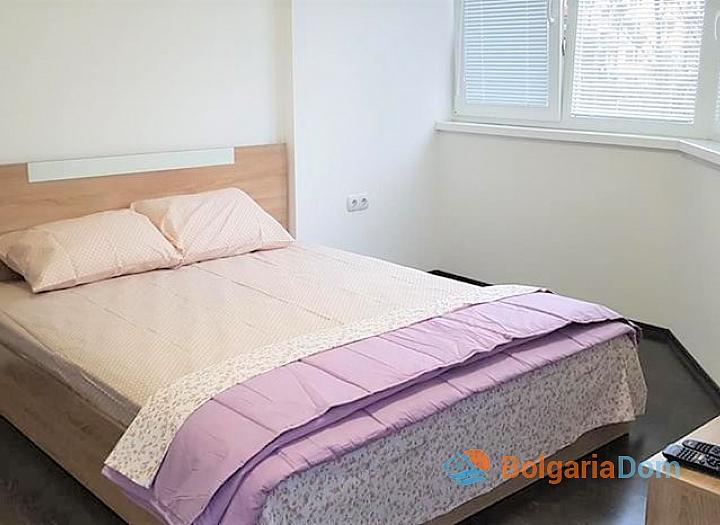 Трехкомнатная меблированная квартира в Солнечном Береге. Фото 3