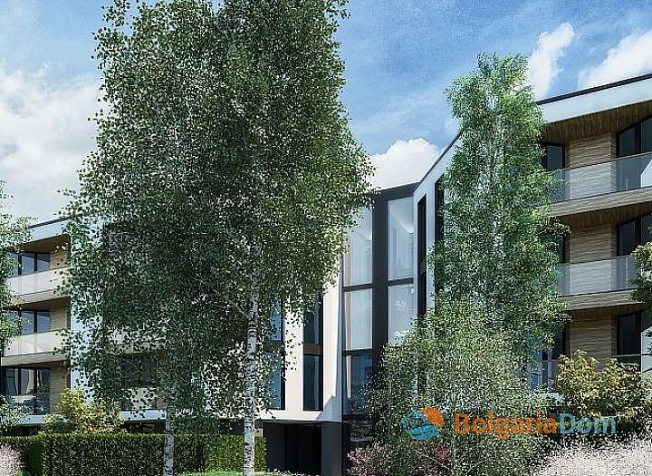 Четырехкомнатная квартира с участком в Сарафово. Фото 8