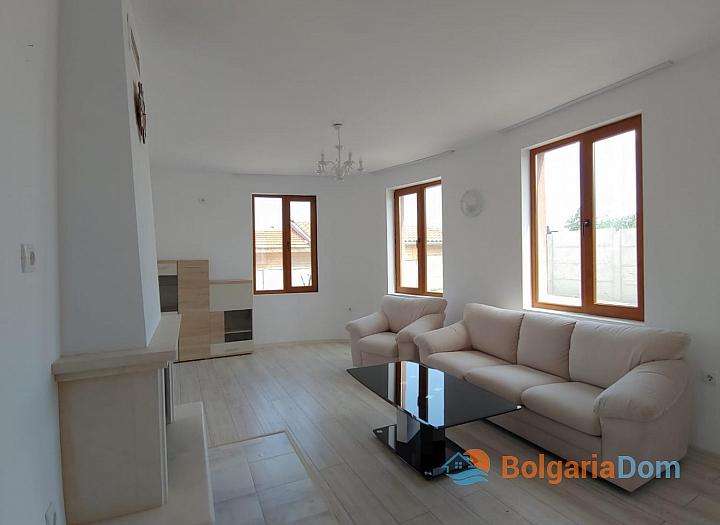 Новый двухэтажный дом на продажу в селе Дюлево. Фото 7