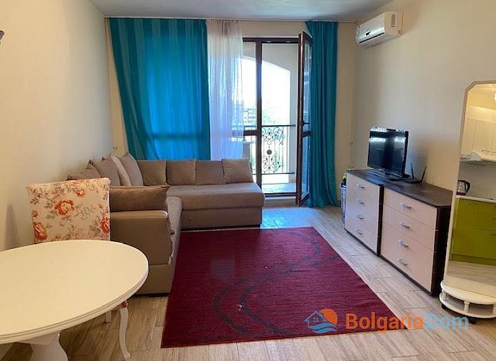 Отличная двухкомнатная квартира в комплексе Каскадас 10. Фото 3