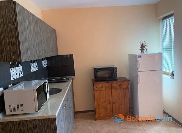 Двухкомнатная квартира в городе Несебр, Черное море. Фото 2