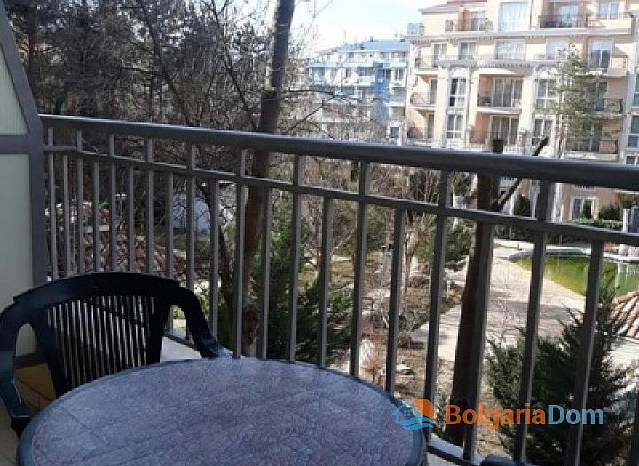 Двухкомнатная меблированная квартира в центральной части Солнечного берега. Фото 7