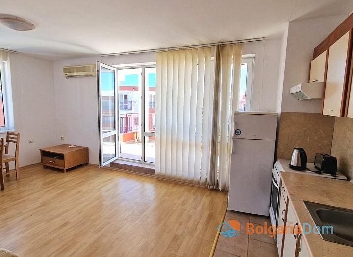 Просторная квартира на Солнечном берегу. Фото 8