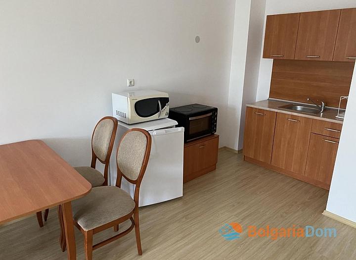 Квартира на первой линии по выгодной цене в Бяле. Фото 3