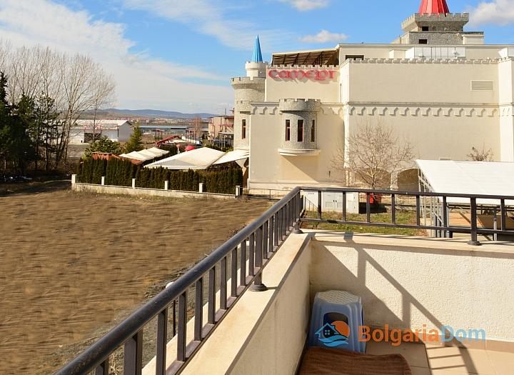 Продажа просторной студии в курорте Солнечный Берег. Фото 8