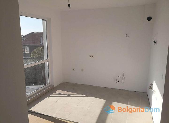 Новая трехкомнатная квартира в Сарафово, Бургас. Фото 4